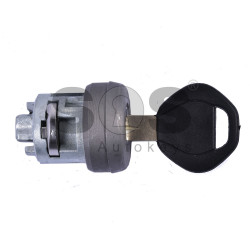 Ignition lock for BMW E39 with blade signature HU58